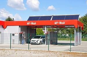 Önkiszolgáló autómosók napenergiával – High Six Team Kft.