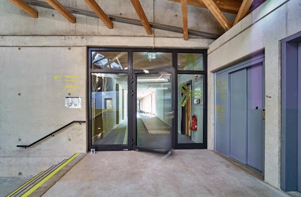 Hörmann tűzgátló ajtó - ifjúsági szálló Bayreuth